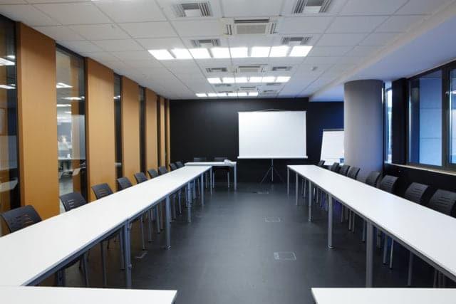 TUI - Green Office Athens • Έπιπλα Γραφείου, Καρέκλες γραφείου, Διαχωριστικά, Διευθυντικά, Εργασίας, Χώροι Υποδοχής, Τράπεζες Συμβουλίου, Βιβλιοθηκές, Συρταροθήκες, Χαμηλες Τιμες, Προσφορές